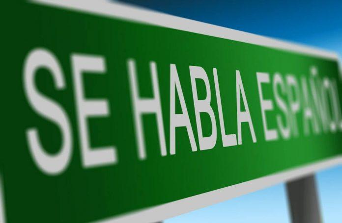 Ile zarabia tłumacz języka hiszpańskiego